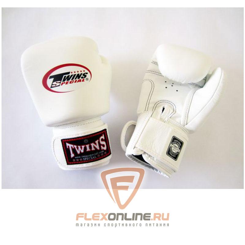 Боксерские перчатки Перчатки боксерские тренировочные 6 унций белые от Twins